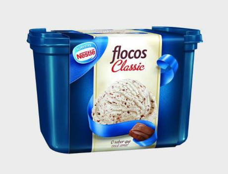 Sorvete Nestlé Flocos Classic pote 1,5l