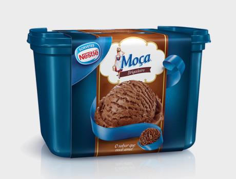 Sorvete Nestlé Brigadeiro pote 1,5l