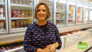 Joice Sabatke em dos vídeos publicados no blog Alimento Saudável no Mercado